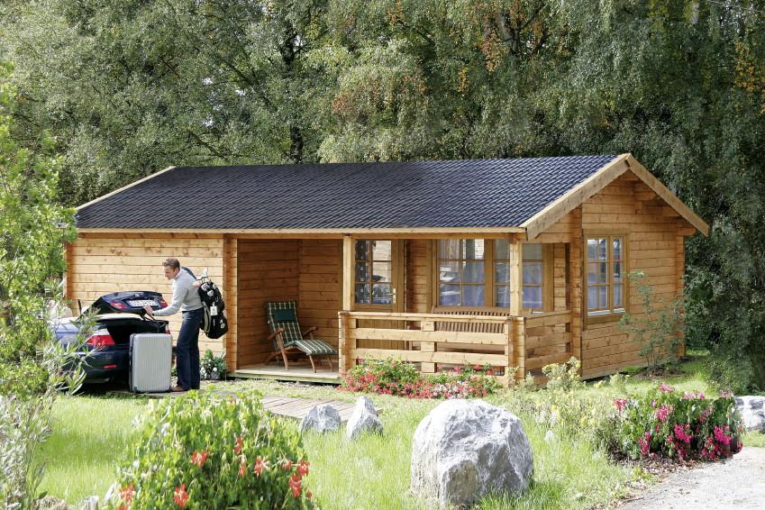 gartenhaus wolff rh n ferienhaus 70 92mm holzhaus bausatz mit veranda terrasse vom. Black Bedroom Furniture Sets. Home Design Ideas